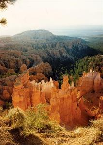 Bryce Canyon, play of light on rock formations