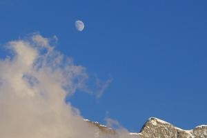 Moon over Muerren